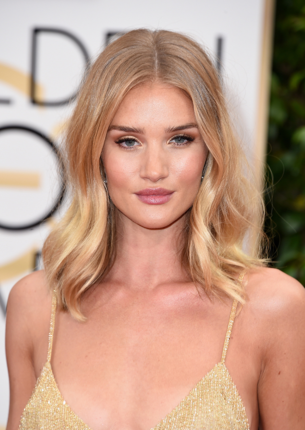 BEVERLY HILLS, CA - JANUARY 10: Actress Rosie Huntington-Whiteley attends the 73rd Annual Golden Globe Awards held at the Beverly Hilton Hotel on January 10, 2016 in Beverly Hills, California. (Photo by Steve Granitz/WireImage)