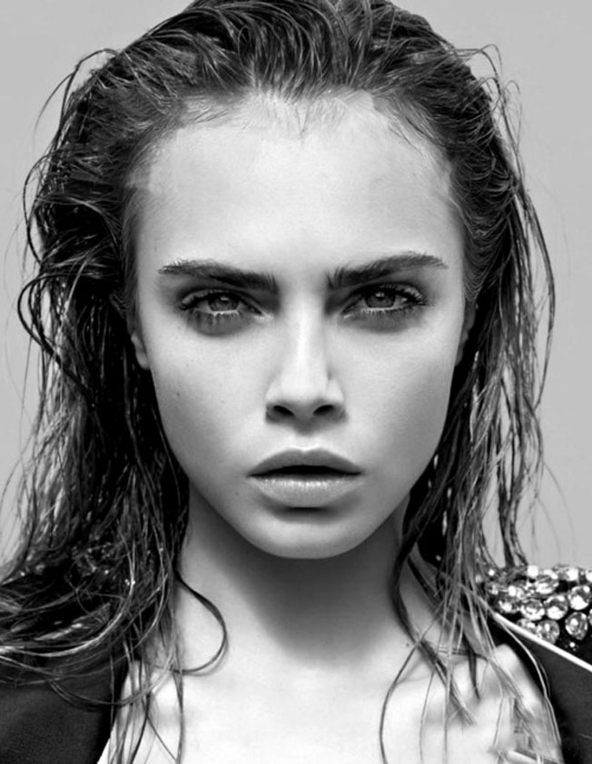 Wet-Look-Hairstyle-For-Women-9