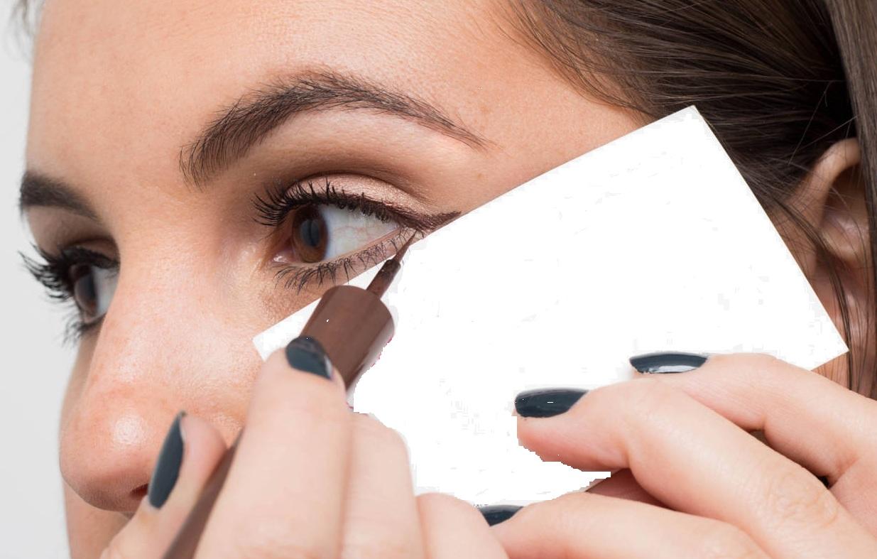 business-card-Eye-liner-tricks
