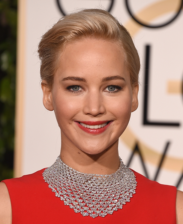 BEVERLY HILLS, CA - JANUARY 10: Actress Jennifer Lawrence attends the 73rd Annual Golden Globe Awards held at the Beverly Hilton Hotel on January 10, 2016 in Beverly Hills, California. (Photo by Jason Merritt/Getty Images)